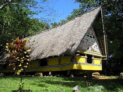 「バイ」と呼ばれるパラオ伝統建築